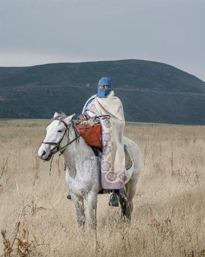 Những bức ảnh tuyệt đẹp về cuộc sống trên lưng ngựa vùng núi Lesotho - 9