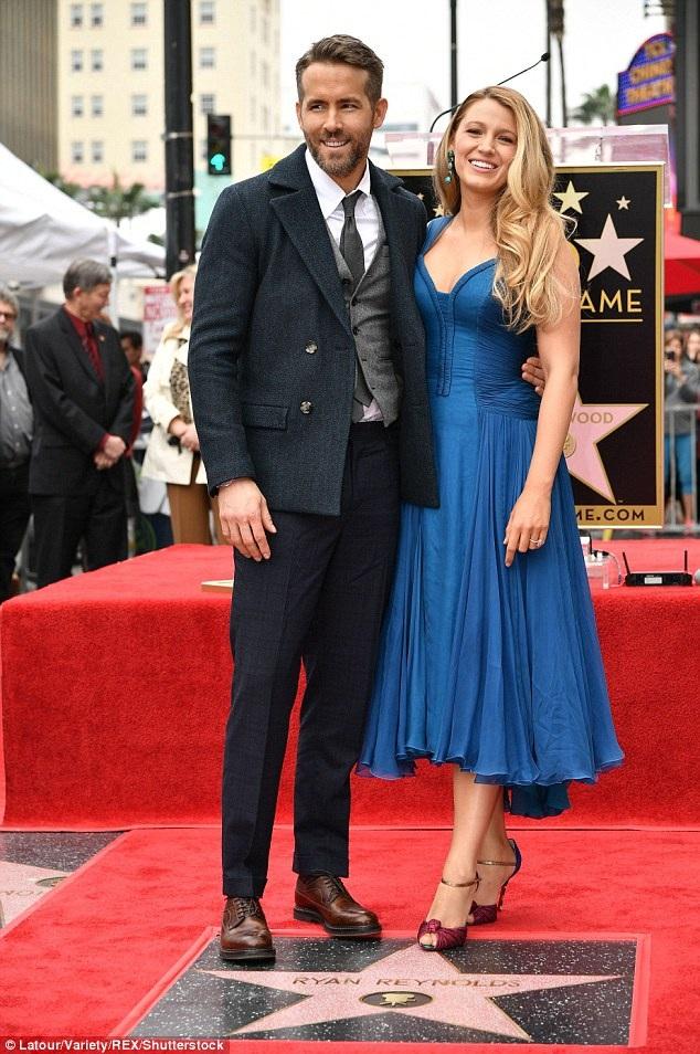 Ngôi sao 40 tuổi hạnh phúc đưa vợ Blake Lively dự sự kiện quan trọng cùng mình