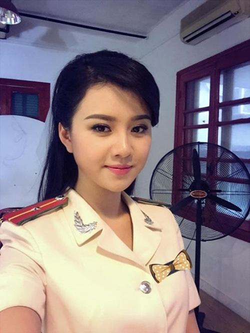 Hot girl trong trang phục MC kênh Truyền hình ANTV