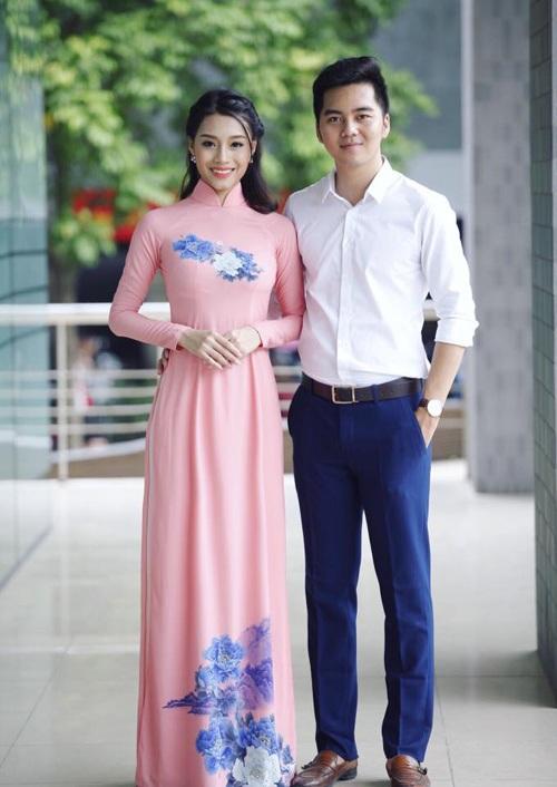 Hình ảnh hot girl bên cạnh bạn trai trong ngày ra trường