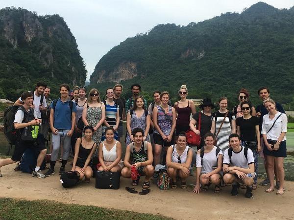 Sinh viên Australia đến Việt Nam học và thực tập ngày càng nhiều