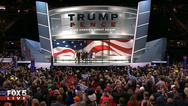 Trump và sự chia rẽ trong lòng nước Mỹ - 1
