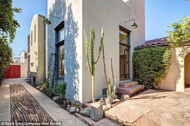 Người nhện và vợ cũ xác nhận tin chia tay vào tuần trước và họ rao bán ngôi nhà của mình với giá 2,9 triệu đô la