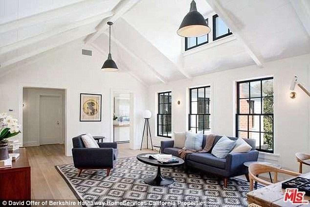 Ngôi sao 41 tuổi cũng rao bán ngôi nhà chung của vợ chồng anh với giá 3 triệu đô cách đây ít tuần