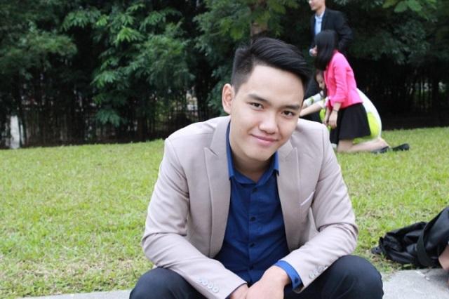Chàng thủ khoa đầu ra Học viện Ngân hàng 2016 - Nguyễn Trung Hiếu.