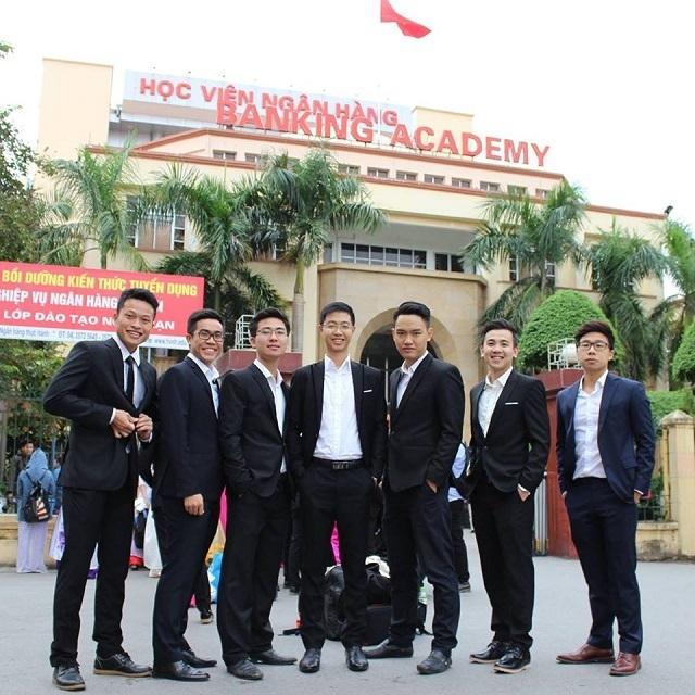 Bí quyết học tập xuất sắc của Trung Hiếu là học nhóm, tự học; học tập kết hợp vui chơi rèn luyện sức khỏe.