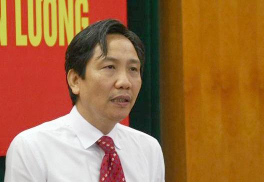 Thứ trưởng Bộ Nội vụ Trần Anh Tuấn phát biểu tại hội thảo