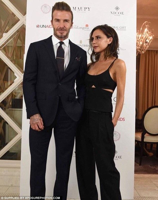 Vợ chồng Beckham đã có 17 năm gắn bó và bốn đứa con ngoan ngoãn. Họ luôn là gia đình biểu tượng ở Hollywood.