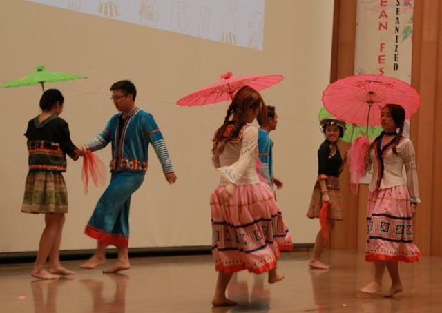 """Hội sinh viên Việt """"ẵm"""" 2 giải Nhất lễ hội Đông Nam Á tại Tokyo - 4"""