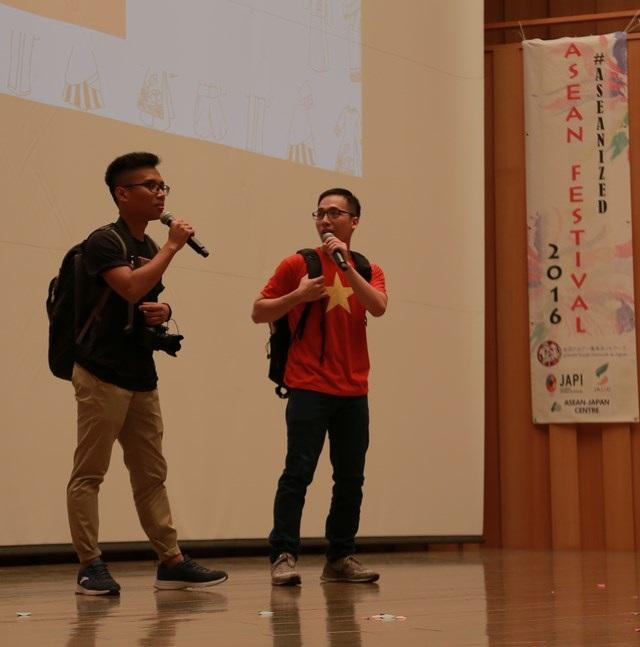 """Hội sinh viên Việt """"ẵm"""" 2 giải Nhất lễ hội Đông Nam Á tại Tokyo - 7"""