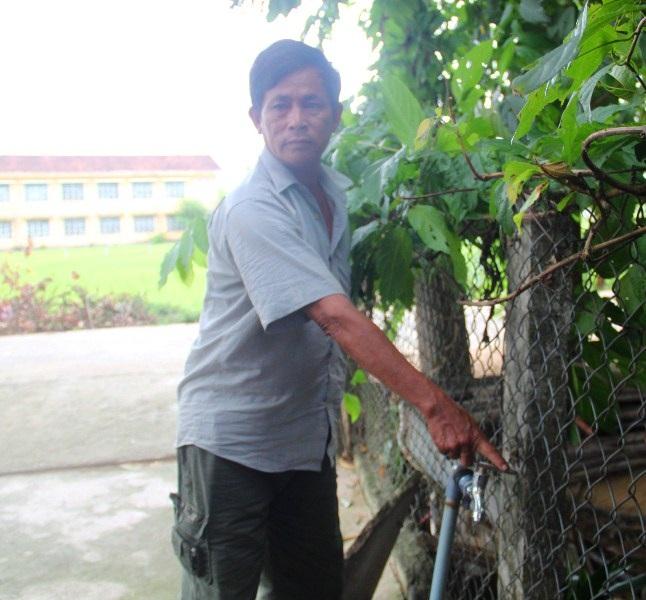 """Bình Định: Ống dẫn nước sạch về tận nhà, dân vẫn """"khát"""" nước - Ảnh 1."""