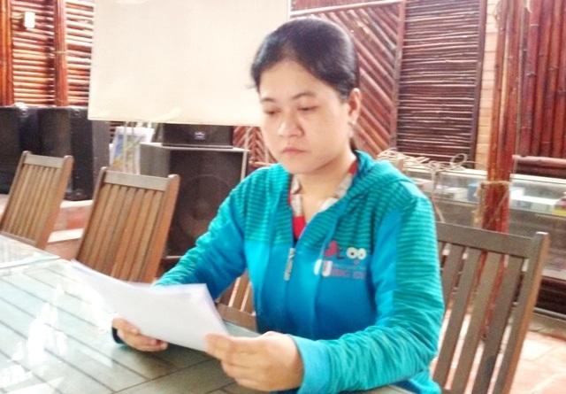 Bà Lê Thị Thùy Linh trình bày vụ việc với PV Dân trí.