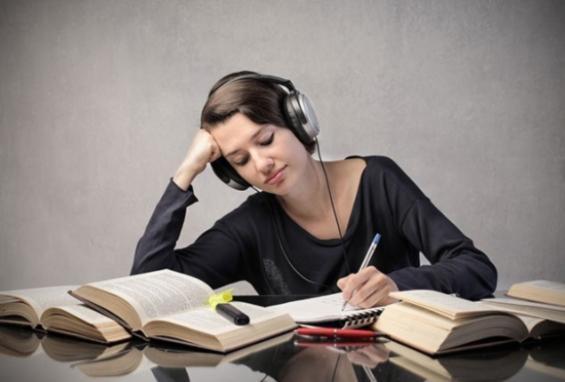 Nghe nhạc có giúp bạn tập trung hơn không? - 1