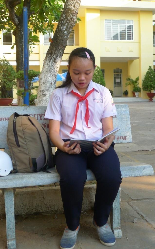 Em Trần Xuân Uyên là một học sinh giỏi toàn diện của trường THCS Lý Thường Kiệt, đồng thời còn là nữ sinh nặng lòng với công tác phòng chống đuối nước cho học sinh
