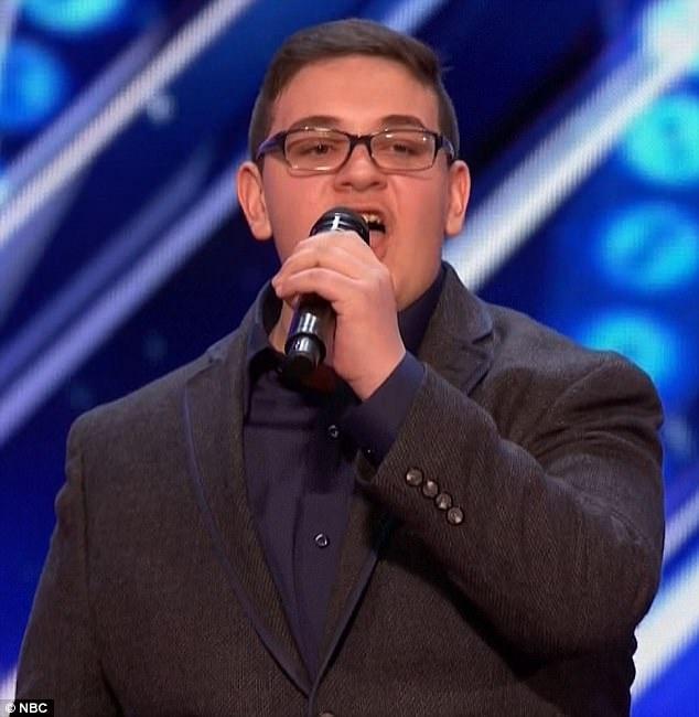 Tìm kiếm Tài năng Mỹ: Những tiếng hát vượt lên số phận - 1