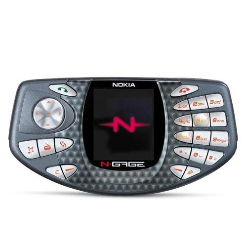 Từng một thời là nhà sản xuất của những phát kiến sáng tạo, Nokia sở hữu trong tay bộ sưu tập đồ sộ gồm toàn những sản phẩm có thiết kế phá cách. Đầu tiên phải kể tới chiếc N-Gate lấy ý tưởng từ bộ tay cầm điều khiển trò chơi kết hợp cùng dải phím số và phím điều hướng độc đáo.