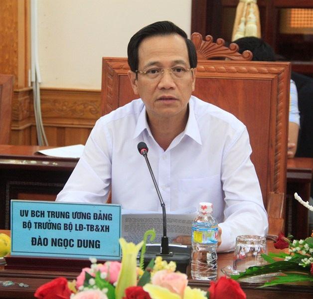 Bộ trưởng Bộ LĐ-TB&XH Đào Ngọc Dung làm việc với lãnh đạo tỉnh Bình Định