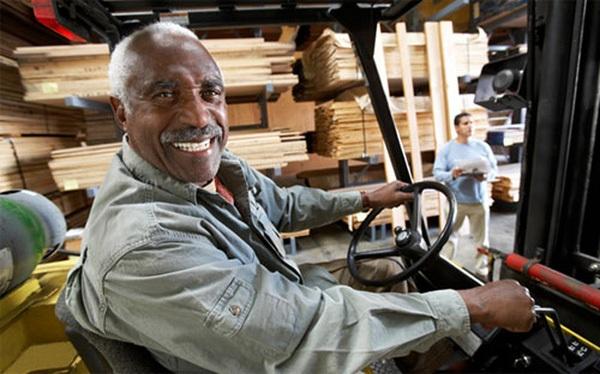 Tuổi thọ cao và chi phí y tế gia tăng khiến việc nghỉ hưu trở nên tốn kém hơn.