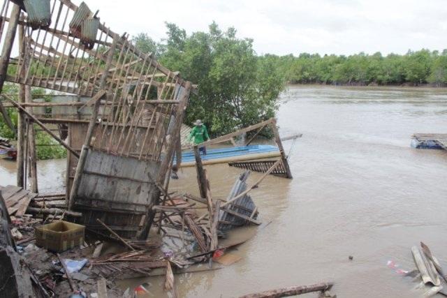 Hiện trường vụ sạt lở đất ven Kênh Xáng Cái Ngay ngày 27/6.