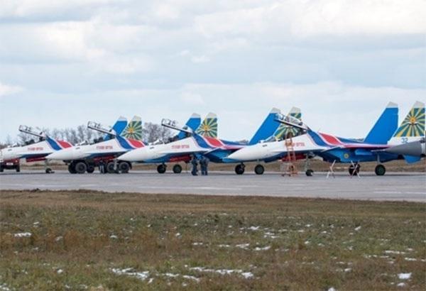 Hình ảnh phi đội Su-30SM dũng mãnh tại Nội Bài - 10