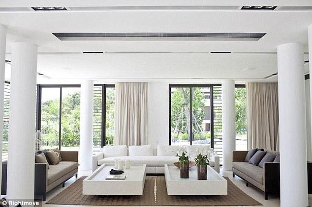 Thiết kế nội thất hiện đại, sang trọng kết hợp với cảnh vật đẹp lý tưởng.