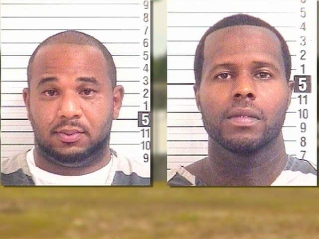 Charles Walker và Joseph Jenkins, đều 34 tuổi, đã biến mất khỏi nhà tù Franklin, hạt Orange, bang Florida, vào năm 2013 mặc dù tòa án không hề ra lệnh phóng thích.