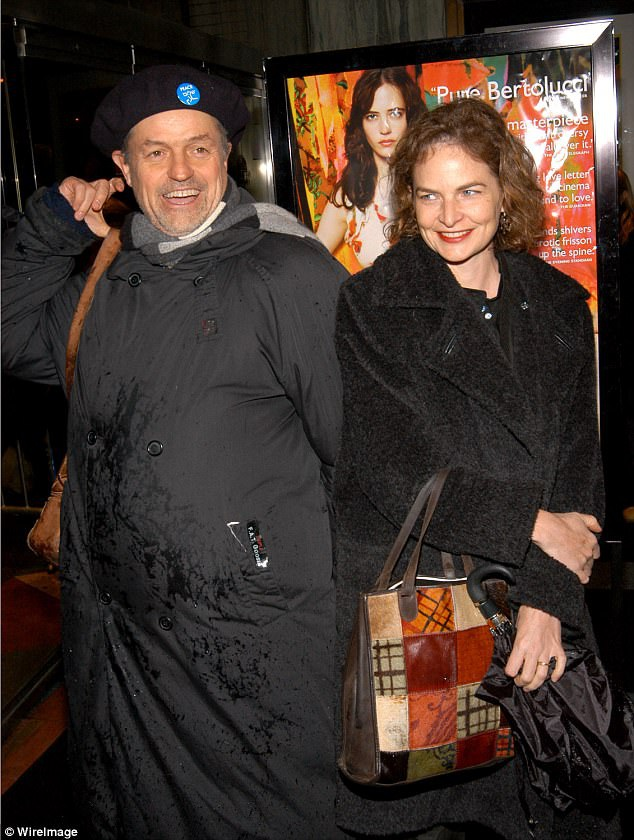 Trong cuộc đời mình, đạo diễn Demme trải qua hai cuộc hôn nhân, cuộc hôn nhân thứ hai kéo dài tới tận khi ông qua đời. Demme có ba người con.
