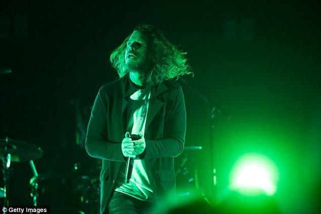 Chris Cornell biểu diễn tại một đêm nhạc hồi đầu tháng 5 ở thành phố Atlanta.