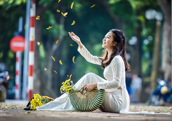 Trang Linh tự miêu tả mình là một cô gái sống hướng nội. Thầy cô, gia đình và bạn bè đều nhận xét Linh là cô bé hiền, ngoan, ra dáng thục nữ Hà Nội.