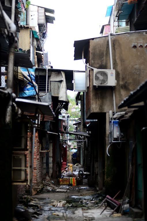 Hàng nghìn hộ dân giữa trung tâm Sài Gòn đang sống trong tình trạng ô nhiễm nặng.