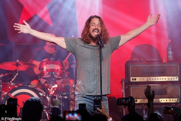 Chris Cornell biểu diễn hồi đầu năm nay tại Los Angeles.