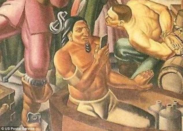 Nhân vật người đàn ông thổ dân cầm một món đồ giống như chiếc điện thoại thông minh trong bức bích họa khiến nhiều chuyên gia mỹ thuật kinh ngạc và thích thú.