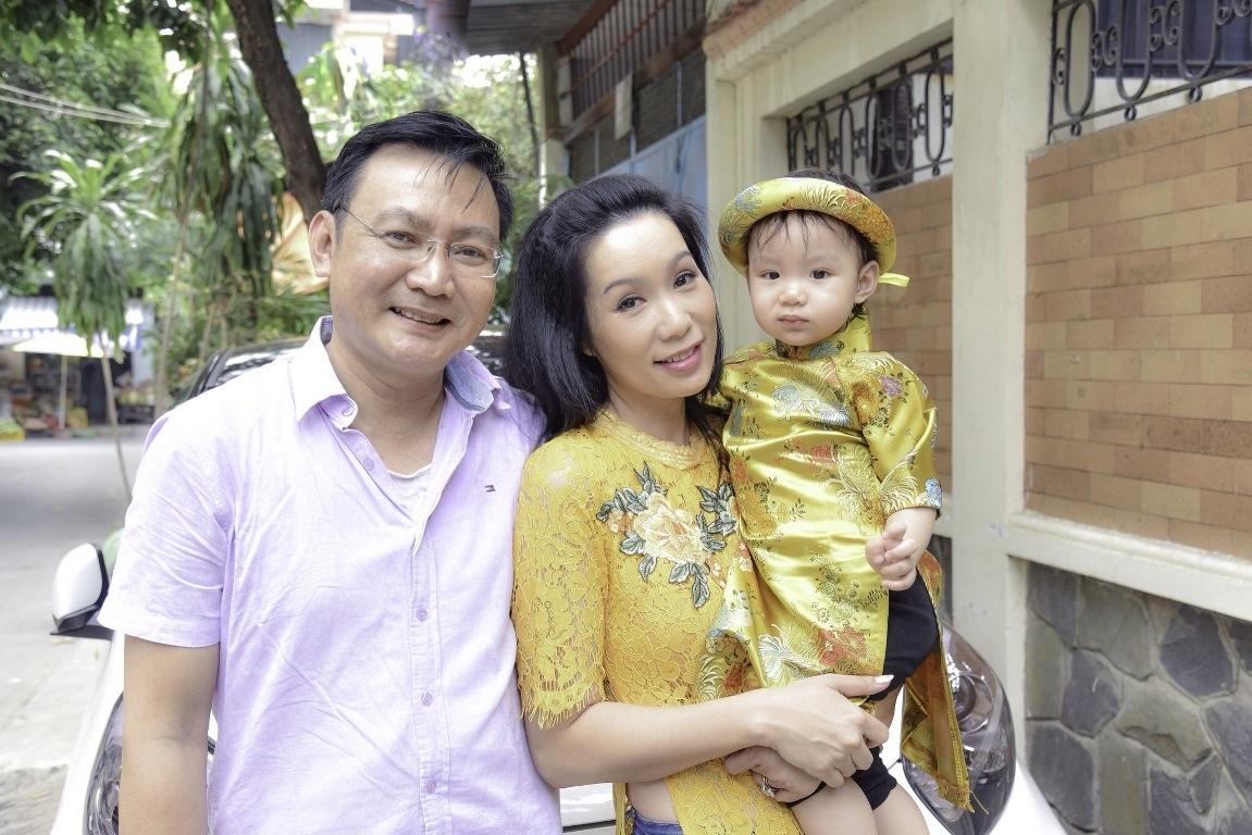 Vị khách đặc biệt của gia đình Á hậu Trịnh Kim Chi trong ngày cuối năm - Ảnh 4.