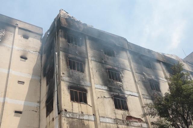 Hậu quả vụ cháy để lại rất nặng nề