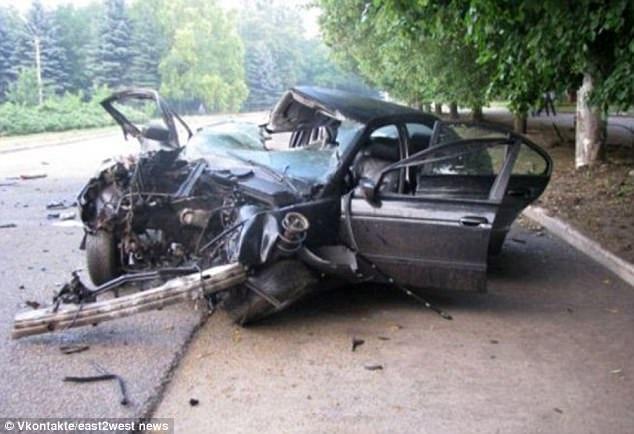 Hiện trường vụ tai nạn cho thấy mức độ nghiêm trọng của vụ việc.