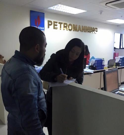 PV Dân trí đã tới tầng 16 toà nhà Intracom 2, đường Cầu Diễn, phường Phúc Diễn, quận Bắc Từ Liêm để làm việc Công ty Petromanning nhưng vẫn không nhận được phản hồi chính thức từ lãnh đạo Công ty.