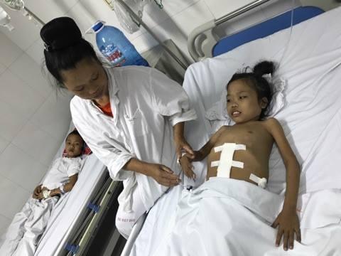 Có trong mơ chị Hem cũng không nghĩ rằng con gái đã được phẫu thuật.