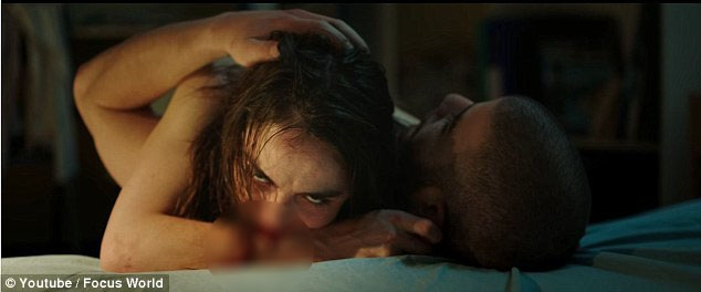 """Trong phim có nhiều cảnh nóng, cảnh bạo lực khiến người xem không đủ độ """"vững"""" tâm lý sẽ cảm thấy rất khó để xem trọn vẹn bộ phim đến cảnh cuối cùng."""