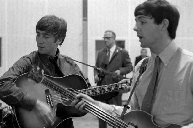 John Lennon - Paul McCartney của The Beatles