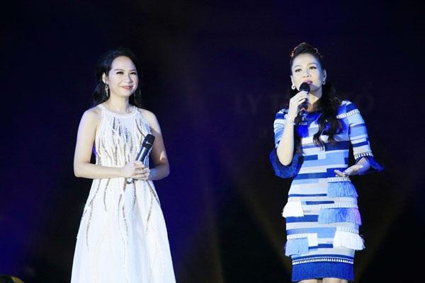 Thu Minh, Noo Phước Thịnh gây bất ngờ khi hát nhạc cách mạng - 8