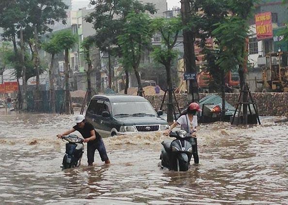 10 điều cần nhớ khi lái xe trong thời tiết mưa bão - 4