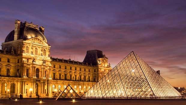 Bảo tàng Louvre thất thu 240 tỷ đồng trong năm 2016 - 1