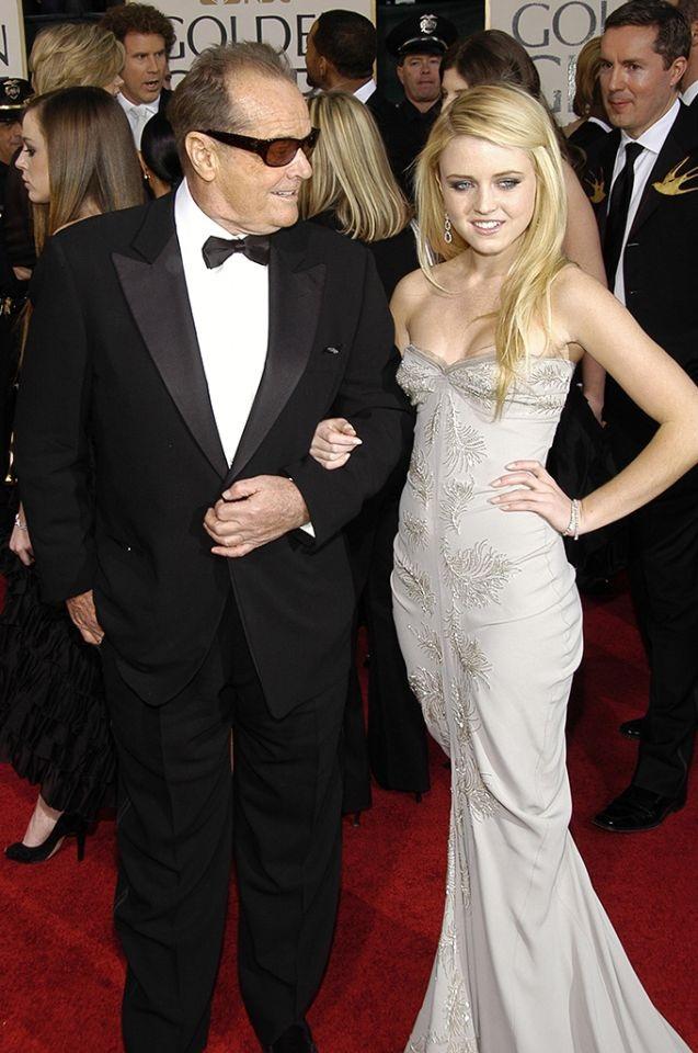 """Lorraine Nicholson (2007): Jack Nicholson đã là ông bố đầy tự hào khi """"hộ tống"""" cô con gái Lorraine tới dự sự kiện lễ trao giải Quả Cầu Vàng năm 2007."""