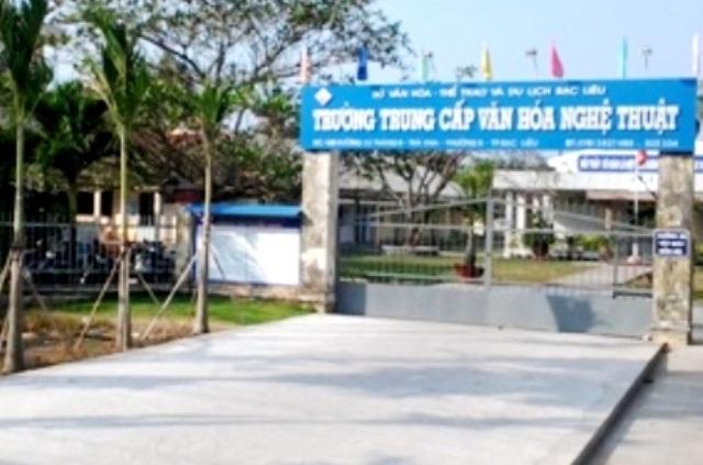 Trường Trung cấp Văn hóa - Nghệ thuật Bạc Liêu, nơi có nhiều khuất tất về tài chính và đang bị điều tra dấu hiệu Tham ô tài sản.