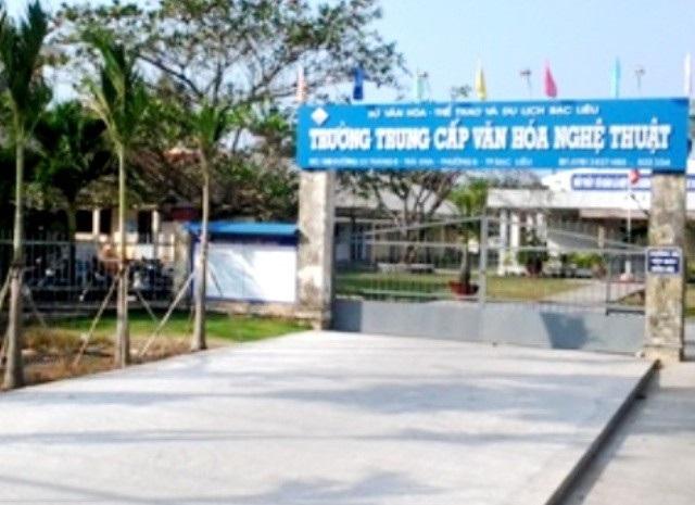 Trường Trung cấp Văn hóa - Nghệ thuật Bạc Liêu, nơi xảy ra vụ việc.