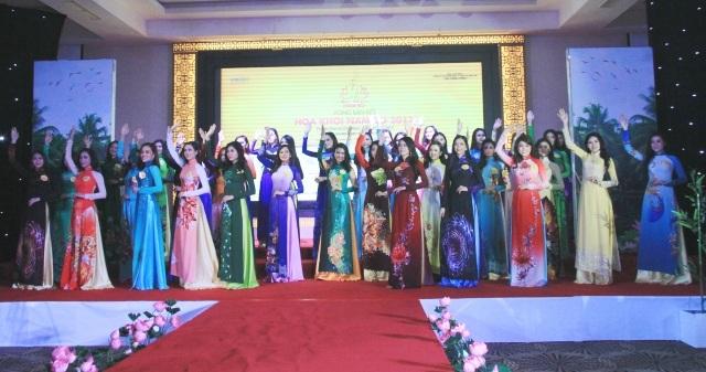 30 người đẹp nhất sẽ bước vòng chung kết Hoa khôi Nam Bộ 2017.