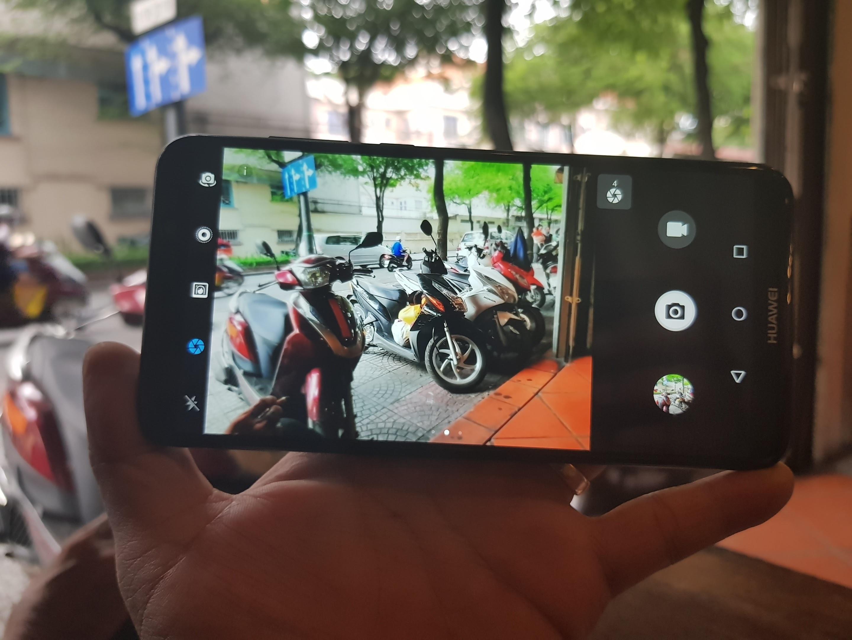 Huawei sắp đưa smartphone 4 camera về Việt Nam - 1