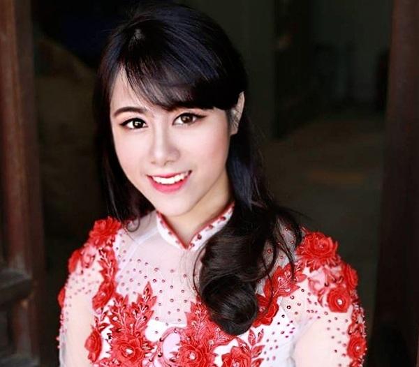 Linh Chi dựa vào phương pháp mind-map để trở thành Thủ khoa đại học.