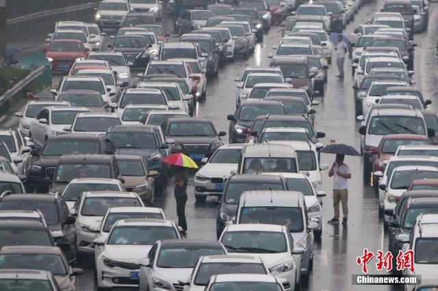 Các tuyến đường cao tốc ùn tắc nghiêm trọng kể từ những ngày đầu nghỉ lễ