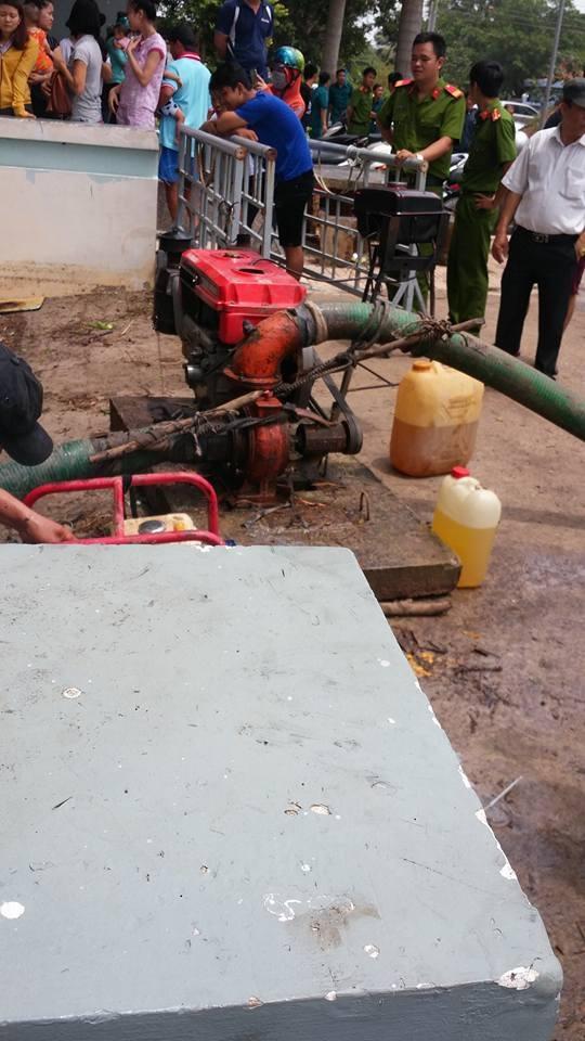 """Tầng hầm giữ xe biến thành """"biển nước"""" - 4"""